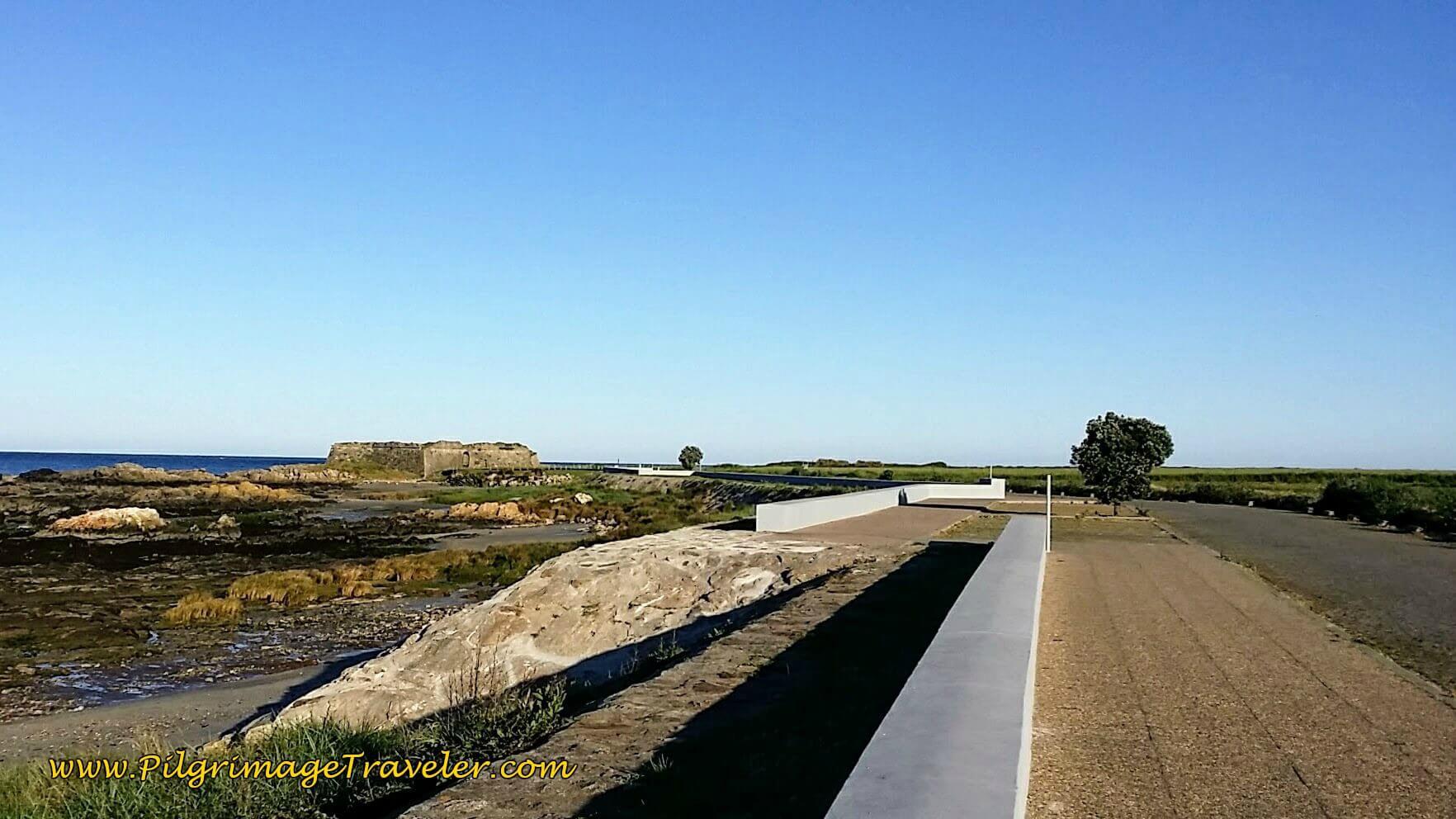 Approaching the Forte de Rego de Fontes on the Senda Litoral on day eighteen of the Camino Portugués on the Senda Litoral