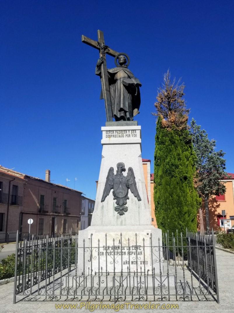 Statue San Juan de la Cruz
