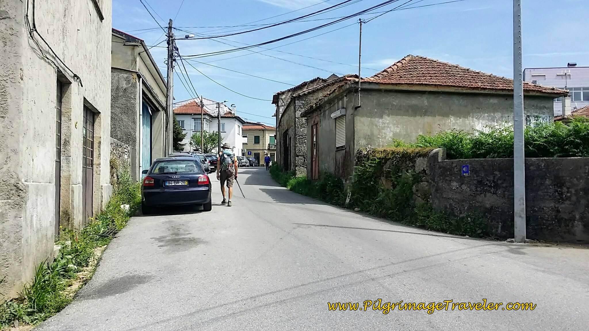 Walking on the Rua Jornal Quinzena de Cucujães in São João de Madeira on day thirteen of the Portuguese Camino