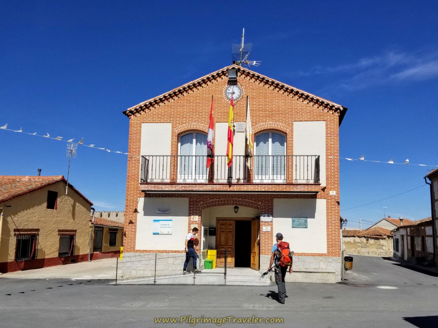 Gotarrendura Town Hall