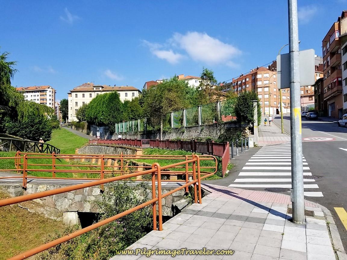 Left Turn at Parque Invierno