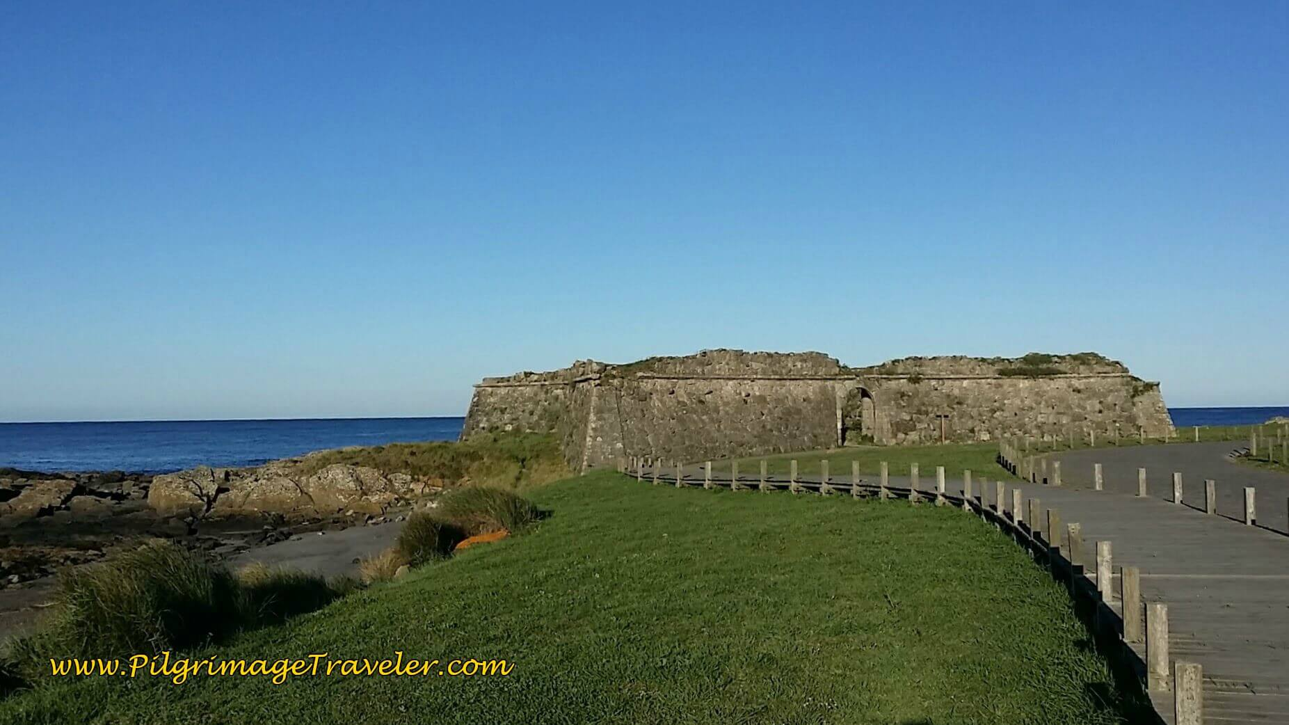 Forte de Rego de Fontes on day eighteen of the Camino Portugués on the Senda Litoral
