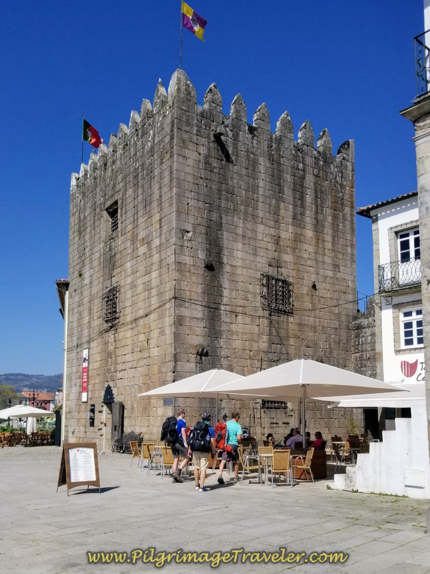 Torre da Cadeia Velha and Taberna Cadeia Velha for happy hour with a view in Ponte de Lima on day seventeen on the Central Route of the Camino Portugués