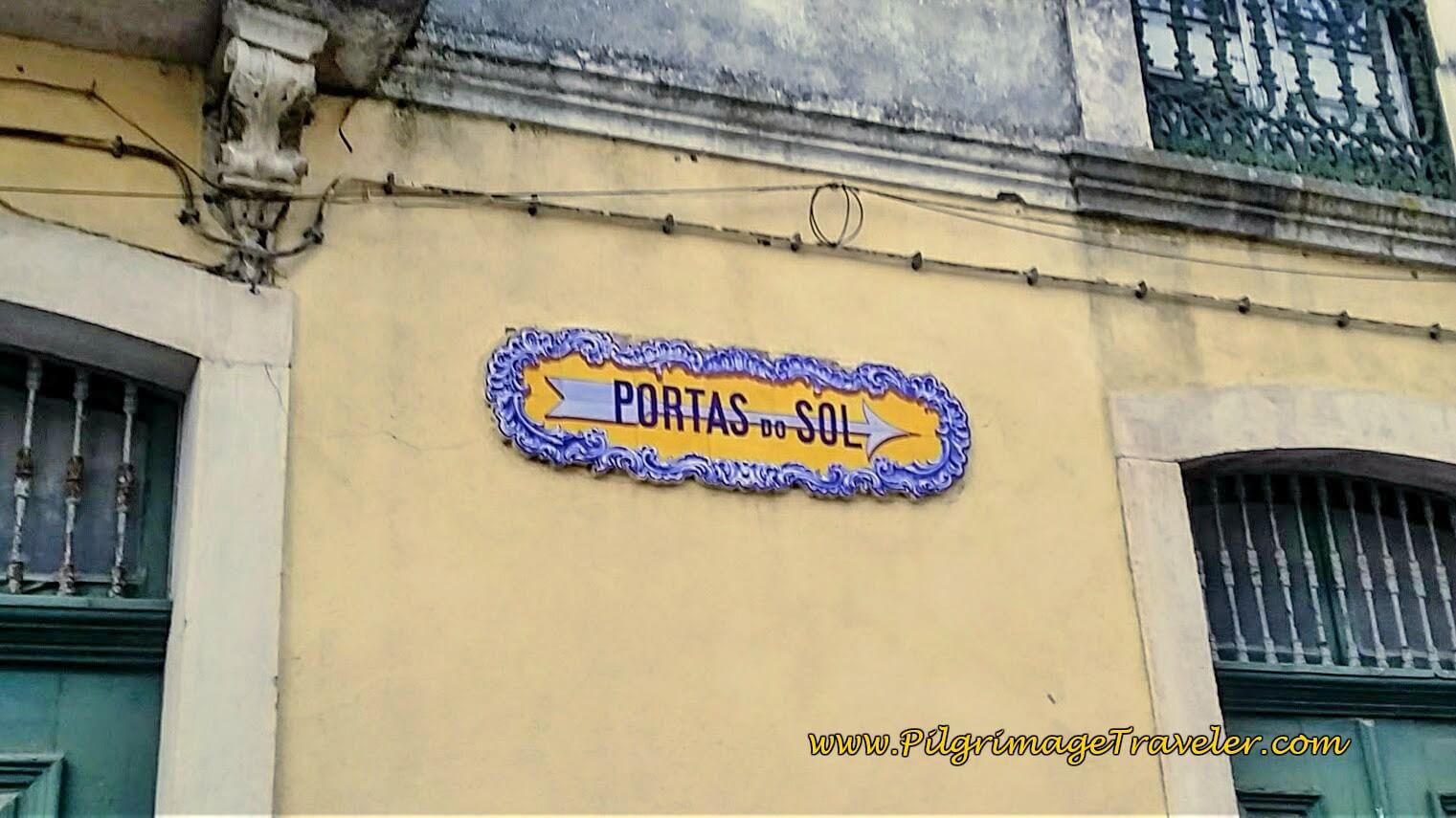 Azulejo Sign Post to Portas do Sol, Santarém