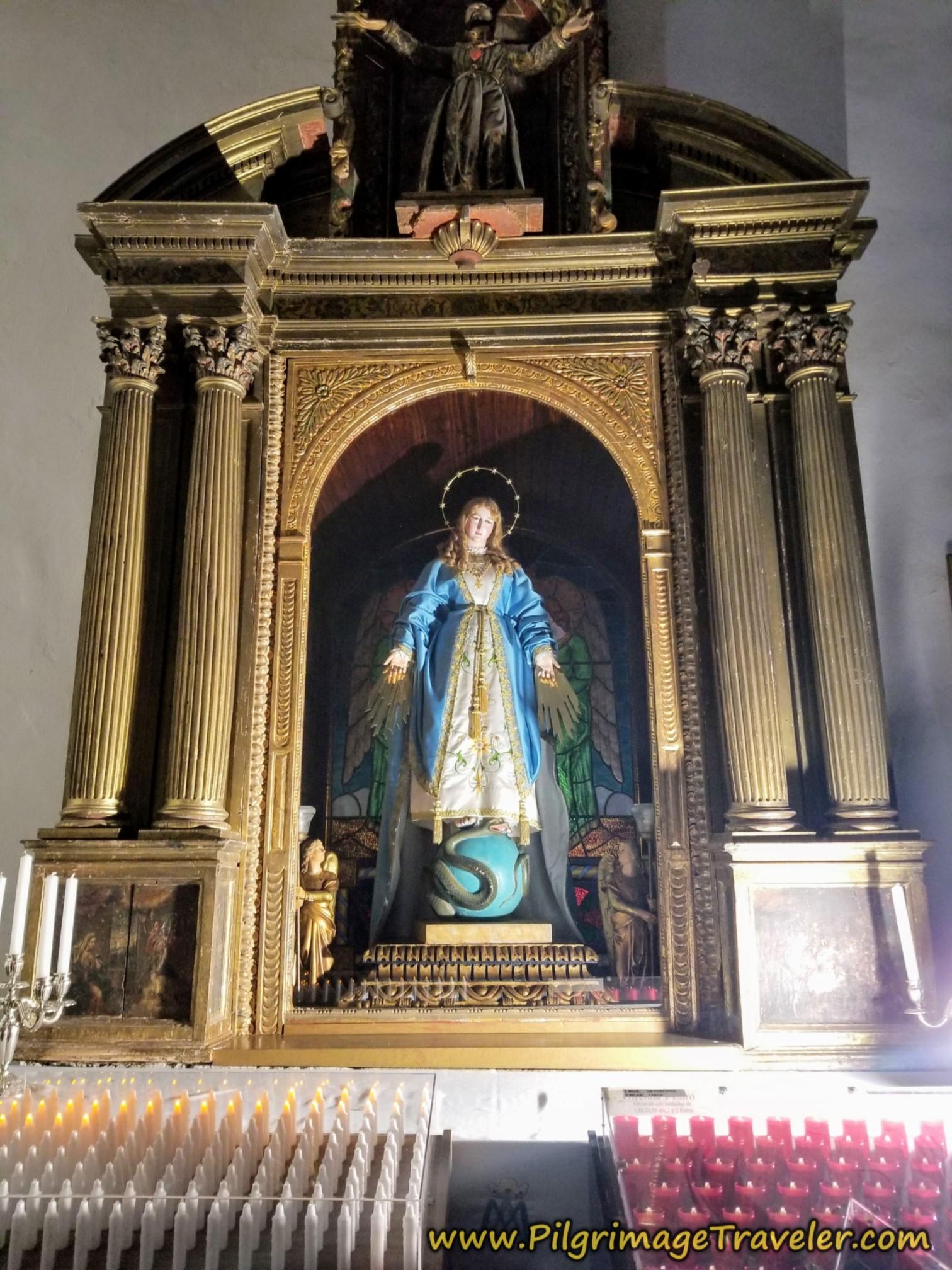 Side Altar, Virgen de las Victorias, Iglesia de Santa María de Azogue, Puebla de Sanabria, Spain