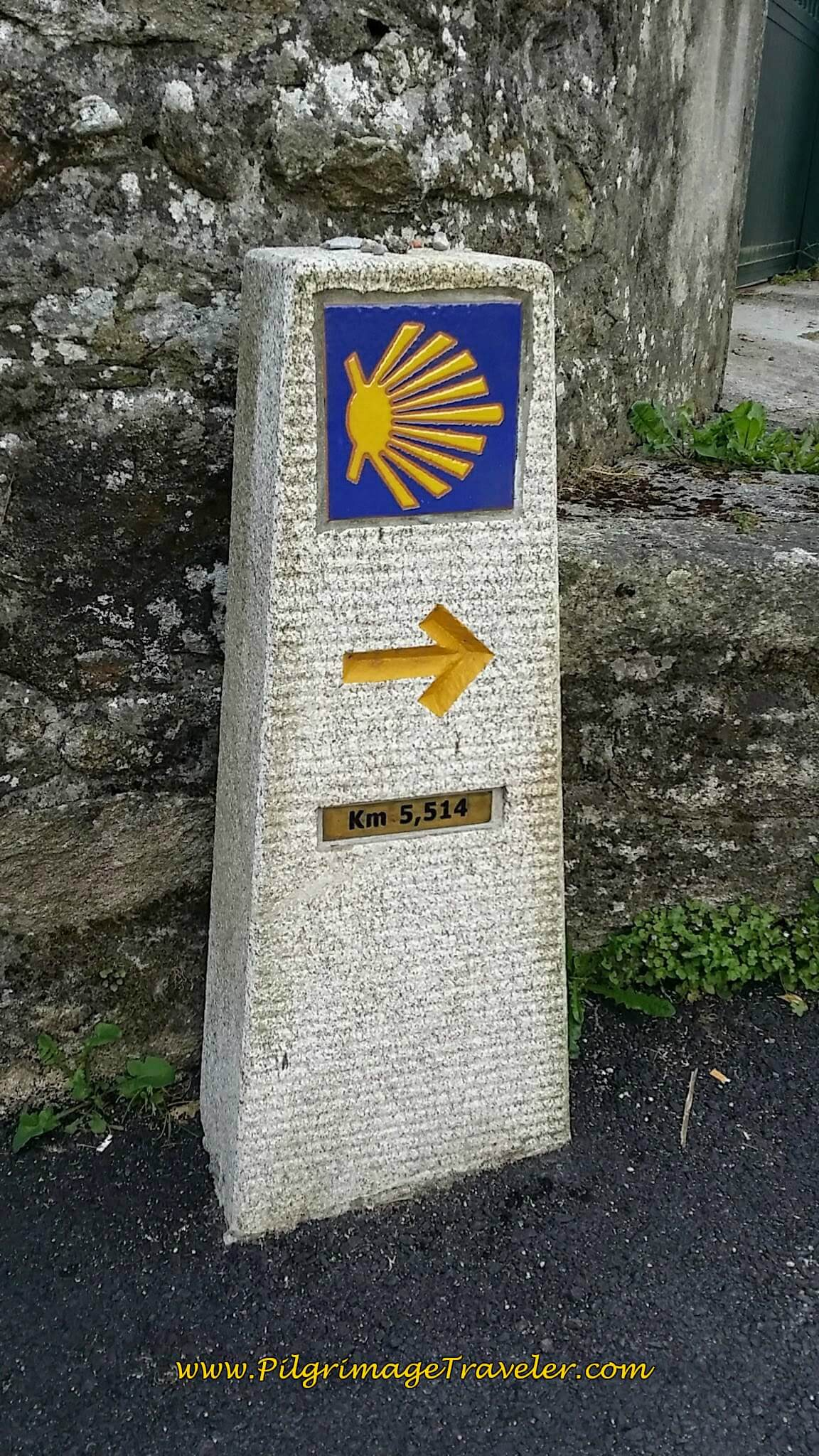 5.5 Kilometers to Santiago de Composela on day twenty-five of the Camino Portugués