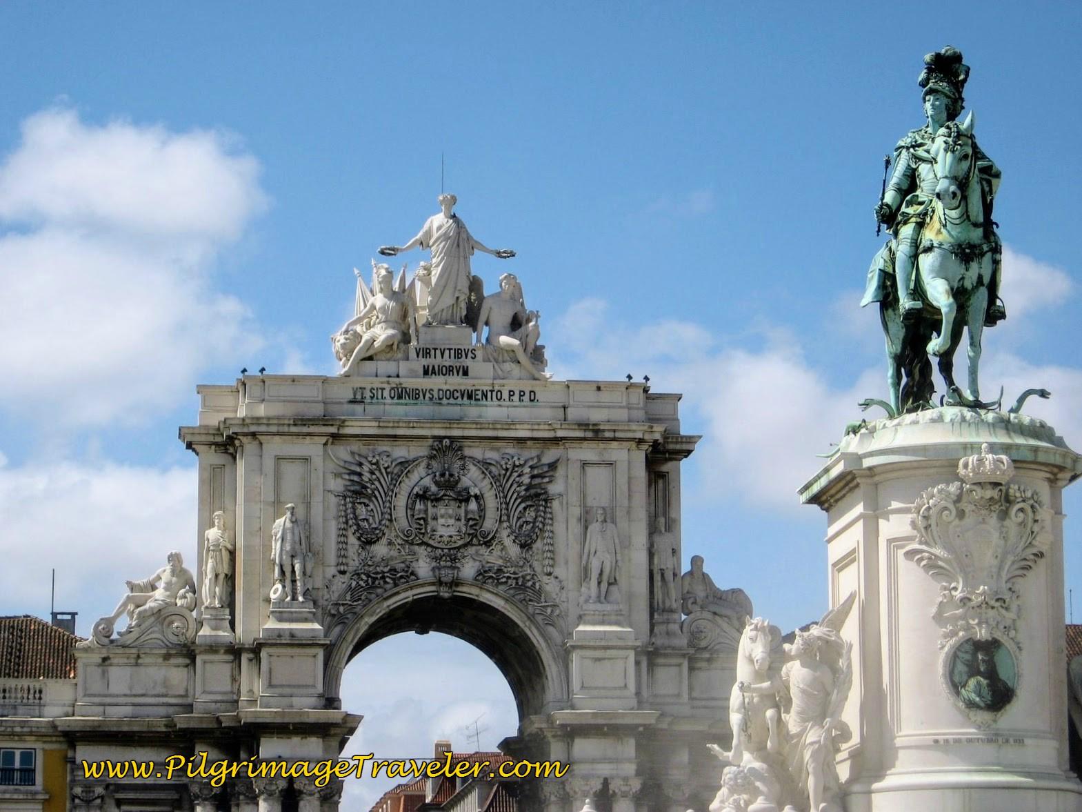 Triumphal Arch and King Jose, I on Horseback, Praca do Comercio, Lisbon, Portugal