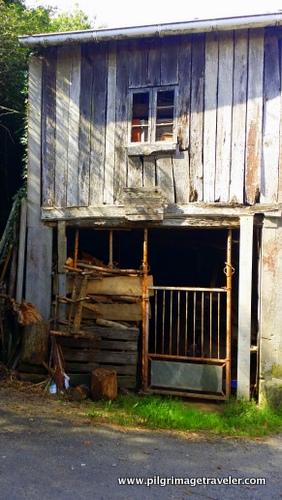 Old Wodden Farmhouse, Camino Inglés