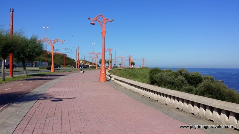Seaside Promenade, Paseo Maritima, La Coruña, Galicia, Spain