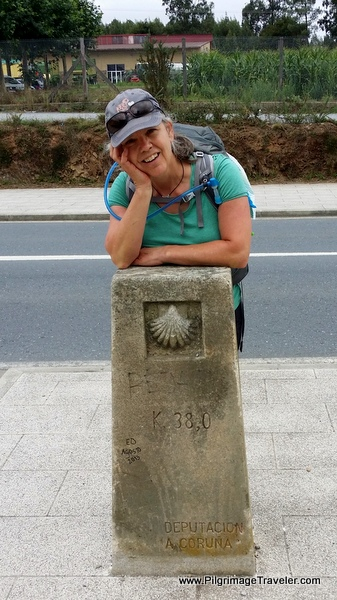 Elle at Kilometer Marker 38 in Arzúa