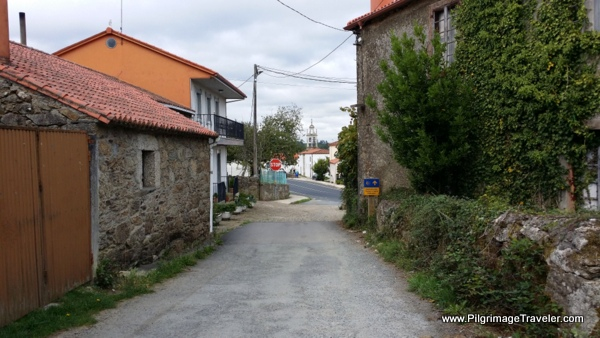 Joining the N-547 in Boente, Spain on the Camino Frances