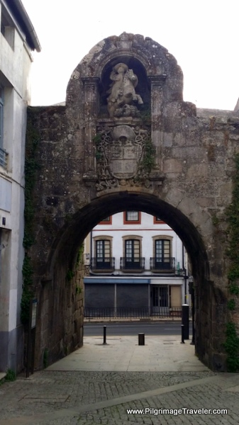 Porta de Santiago on the Camino Primitivo