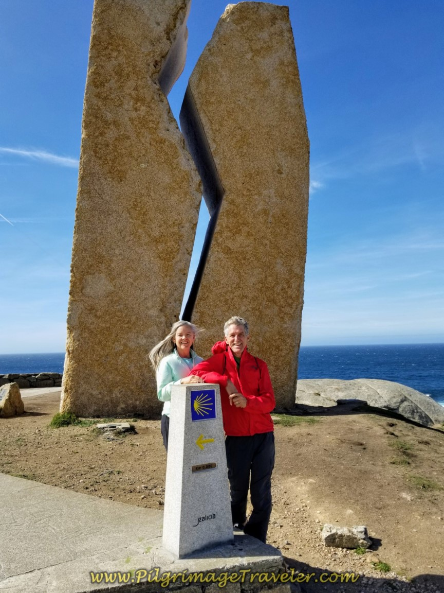 Rich and Elle at Prestige Monument and 0.0 Kilometer Marker