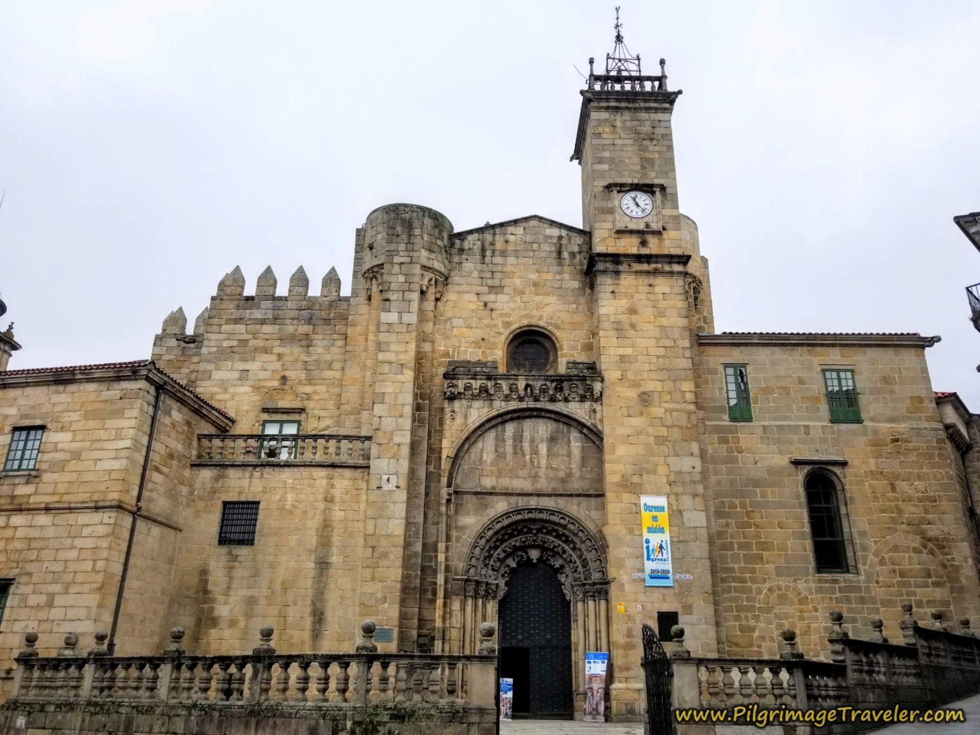 Ourense Cathedral, Plaza do Trigo