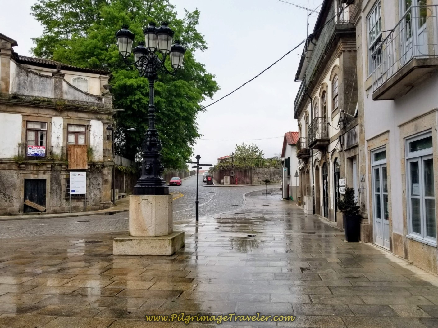 Take Hard Right After Albergue on day eighteen on the Central Route of the Portuguese Camino