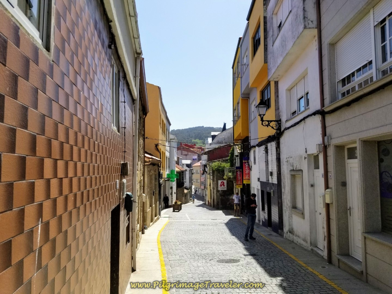 Right Turn Onto the Rúa Santa Catalina