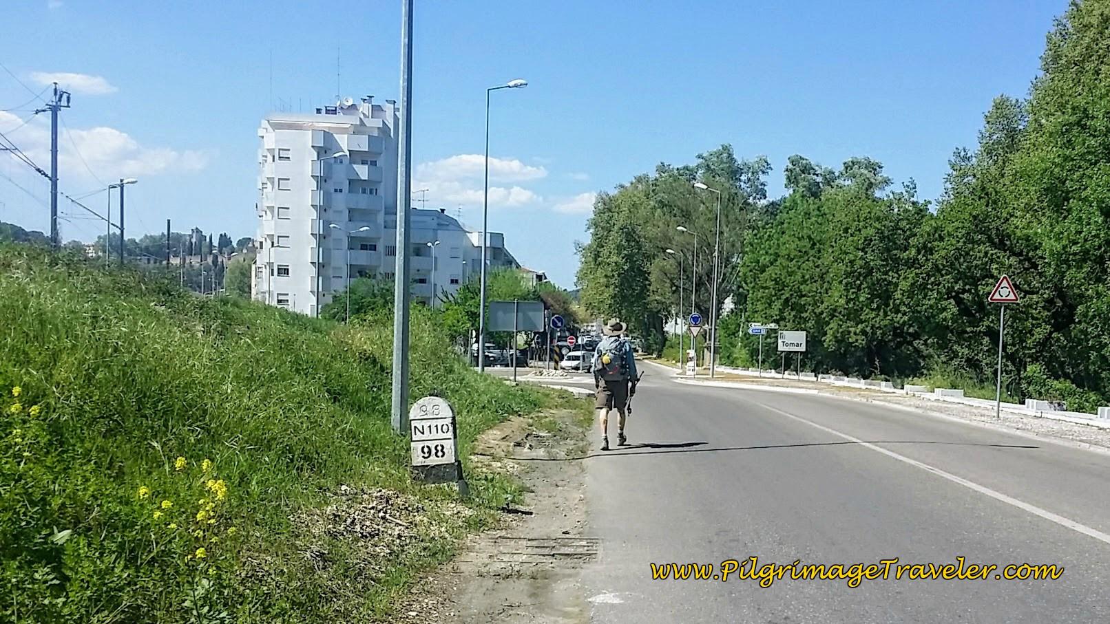 Entering Tomar on the Camino Portugués