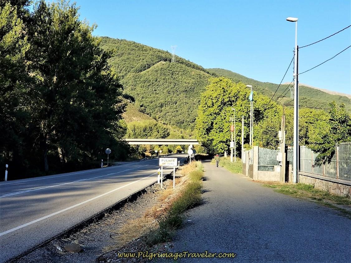 Entering Puente de Alba